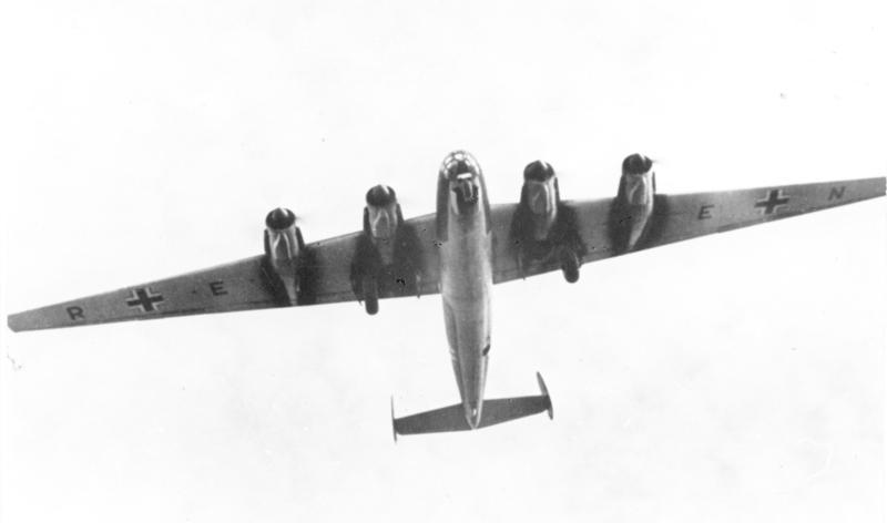 Me 264-bombefly under en testflygning i 1942. Foto: Tyske Bundesarkiv/Wikimedia Commons