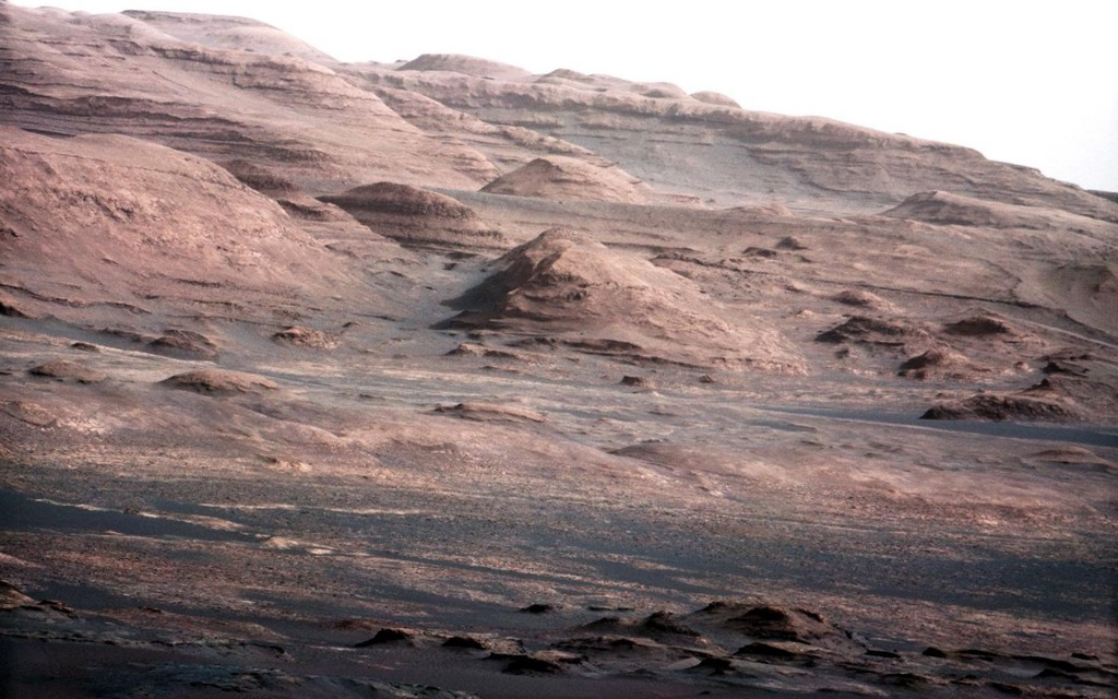 Bilde av Mount Sharp på Mars, tatt av Curiosity 23. august 2012. Foto: NASA/JPL-Caltech