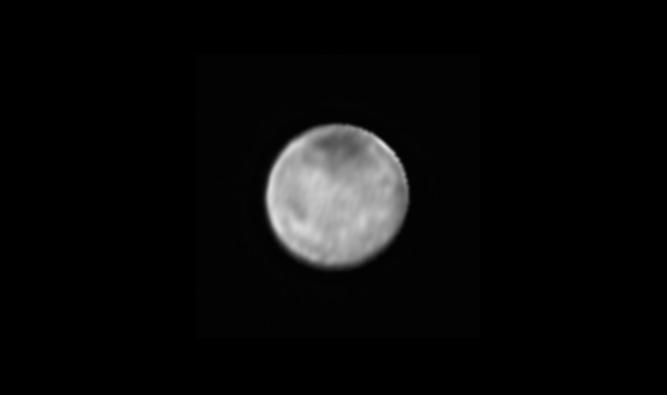 Charon. Foto: NASA-JHUAPL-SWRI