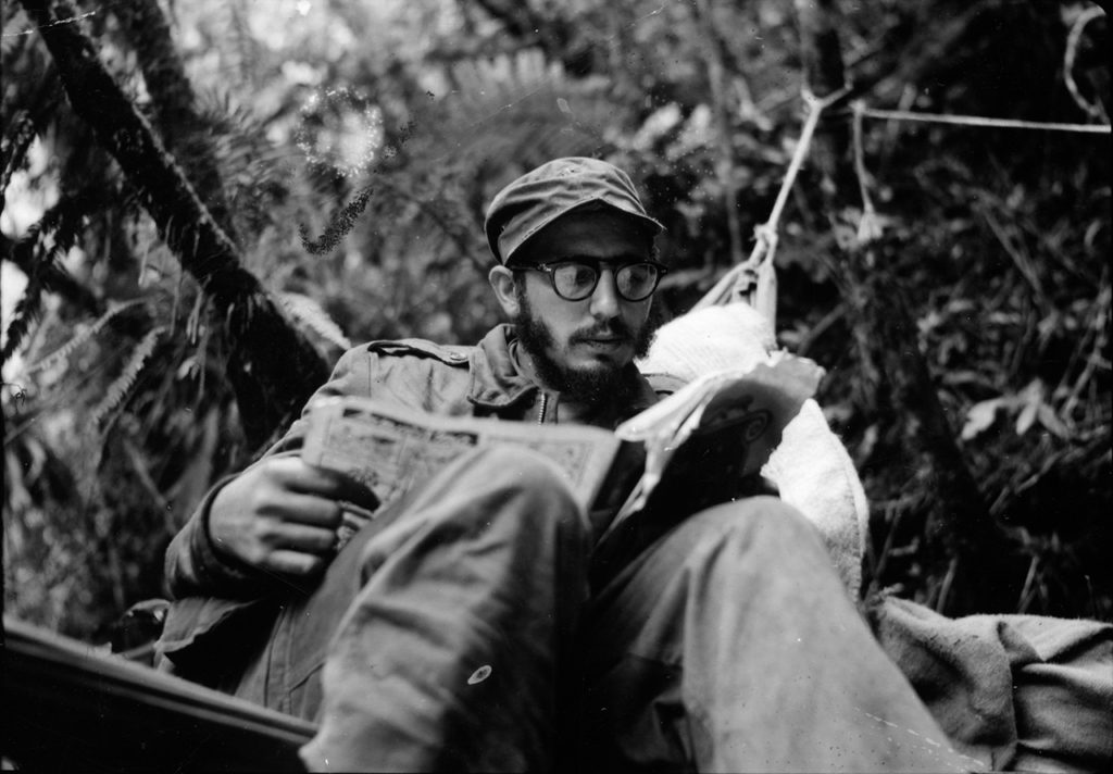 Her er han i 1958. Foto: «Fidel Castro: The Lost Files» / Fox / Yale University / Andrew St. George